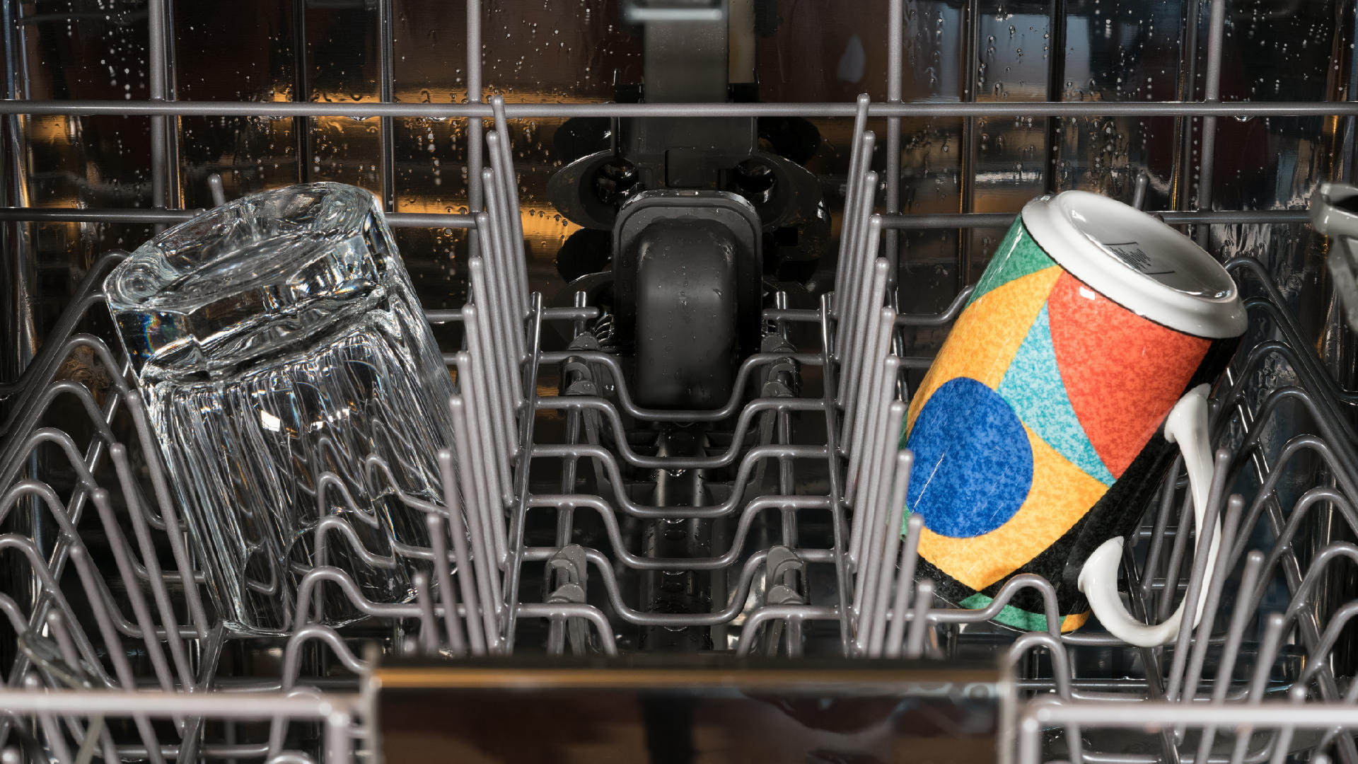 """Featured image for """"4 Common LG Dishwasher Problems (and Solutions)"""""""